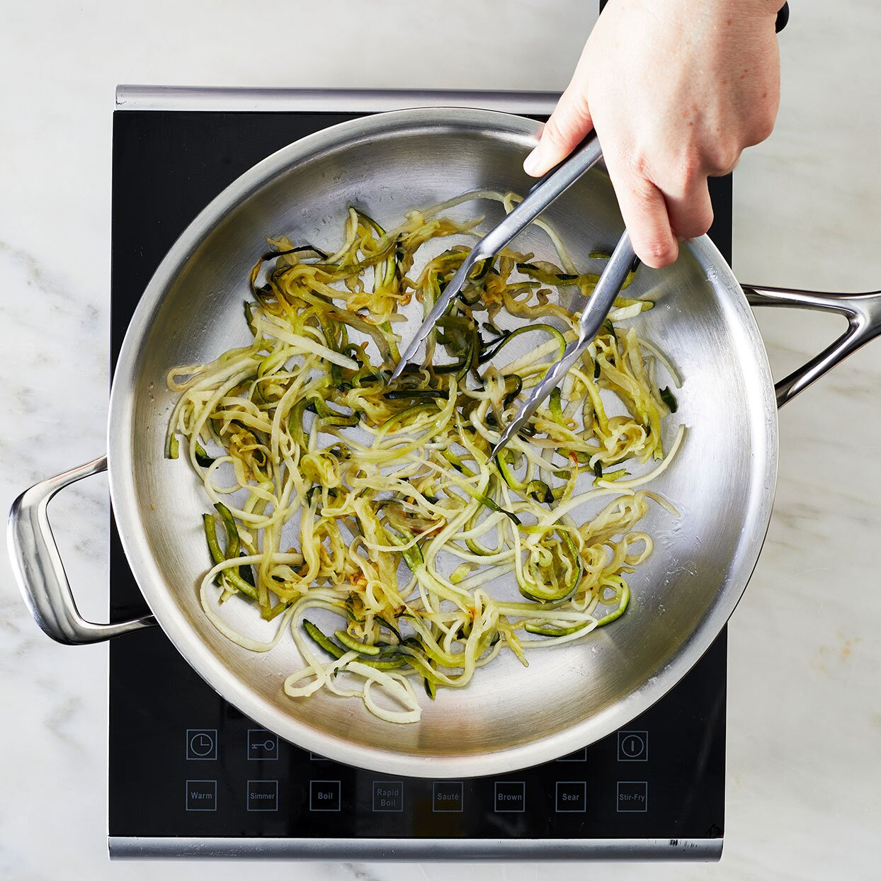 Zucchini-Noodles-in-a-saute-pan