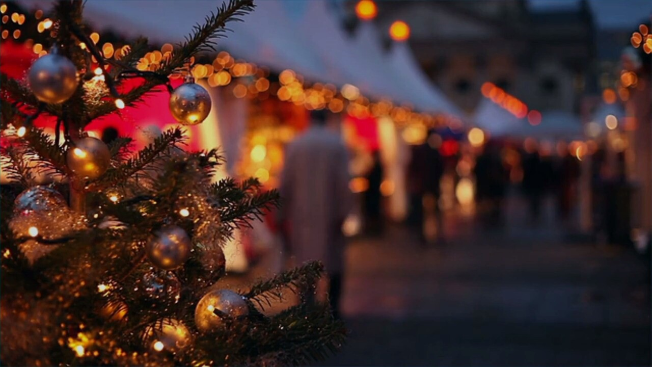 Nclusive Christmas Market Tours From Usa 2021 7 European Style Christmas Markets You Can Experience In The U S Travel Leisure