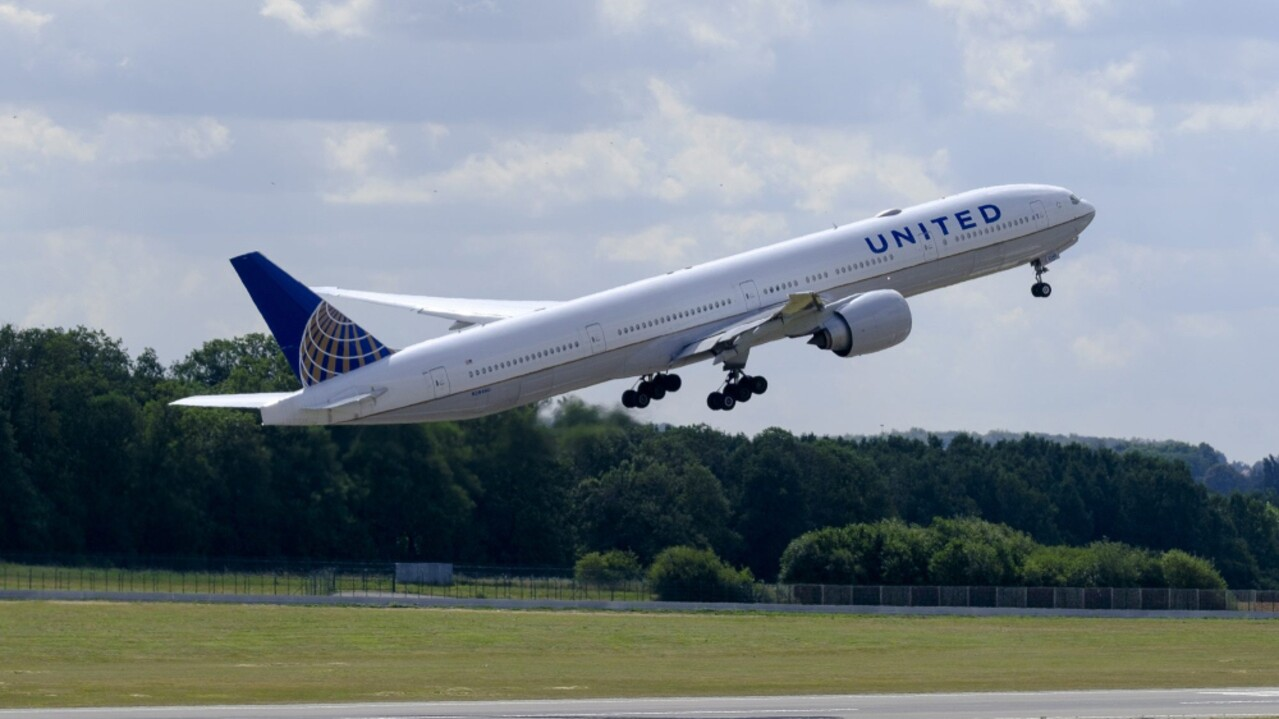 United Airlines Announces New International Routes, Flights to Hawaii |  Travel + Leisure
