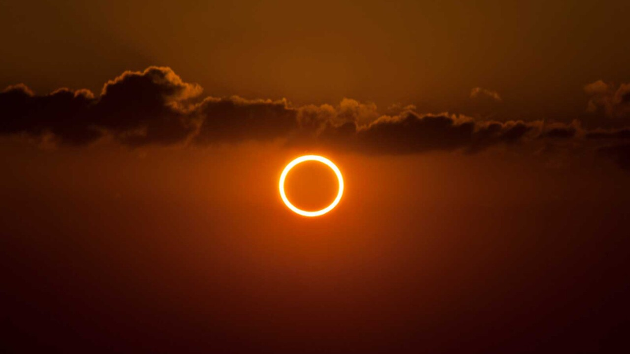 A Rare Ring Of Fire Solar Eclipse Is Happening June 21 Here S What You Should Know Travel Leisure I think it's only luck but wten i was playing on terraria.i have the same problem, mate. https www travelandleisure com trip ideas space astronomy how to see solstice ring of fire eclipse sun