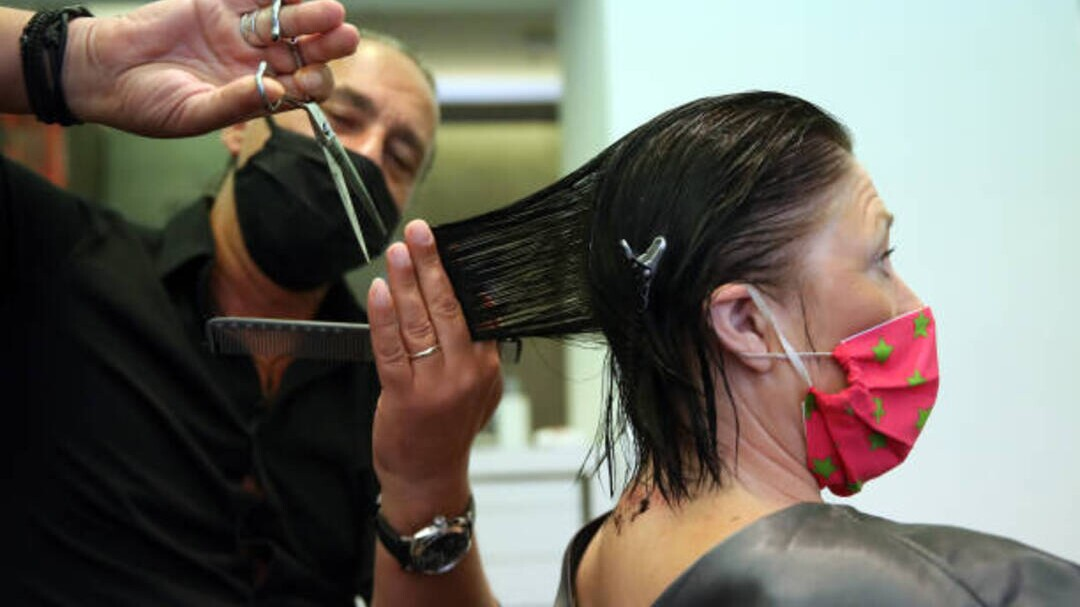 Is It Safe To Get A Haircut What To Know About Getting A Haircut During The Coronavirus Pandemic Instyle