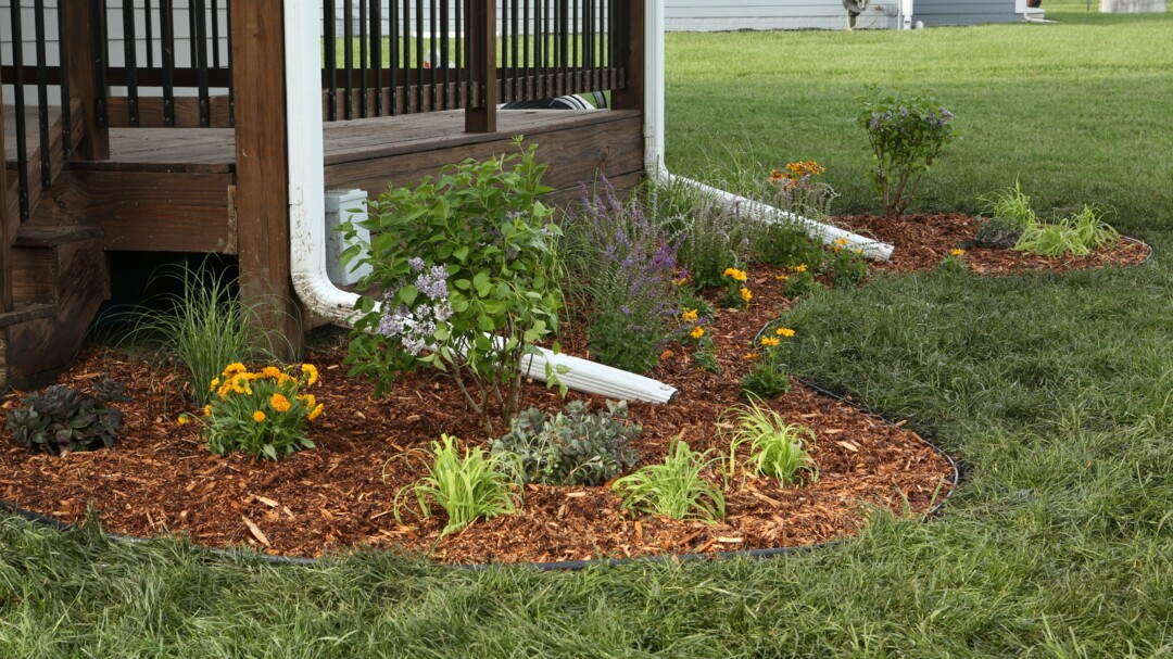 How To Landscape Around A Deck For A Backyard You Ll Be Excited To Show Off Better Homes Gardens