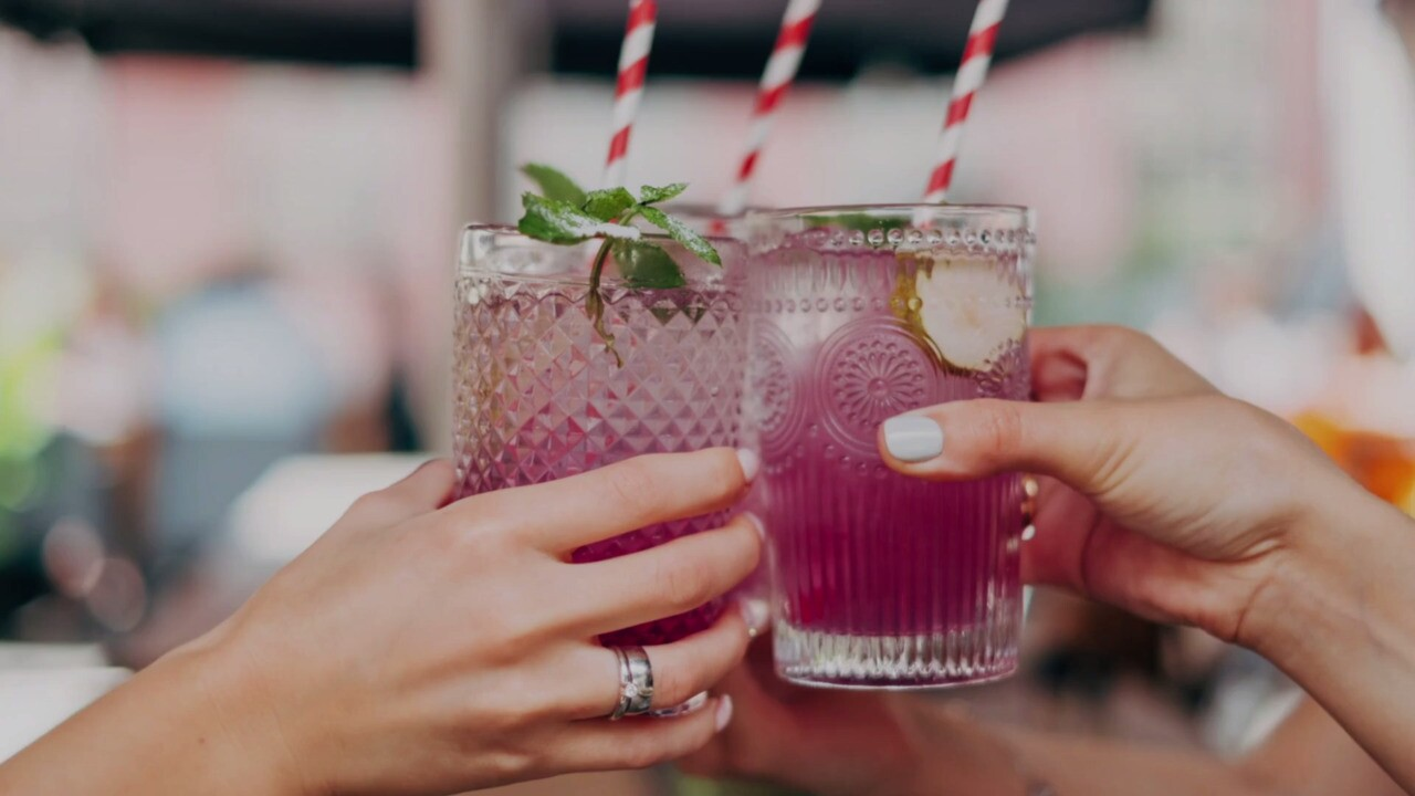 can you drink alcohol while on a diet