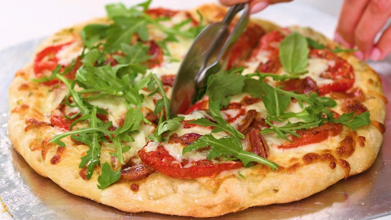 Blt Pizza With White Sauce Recipe Myrecipes