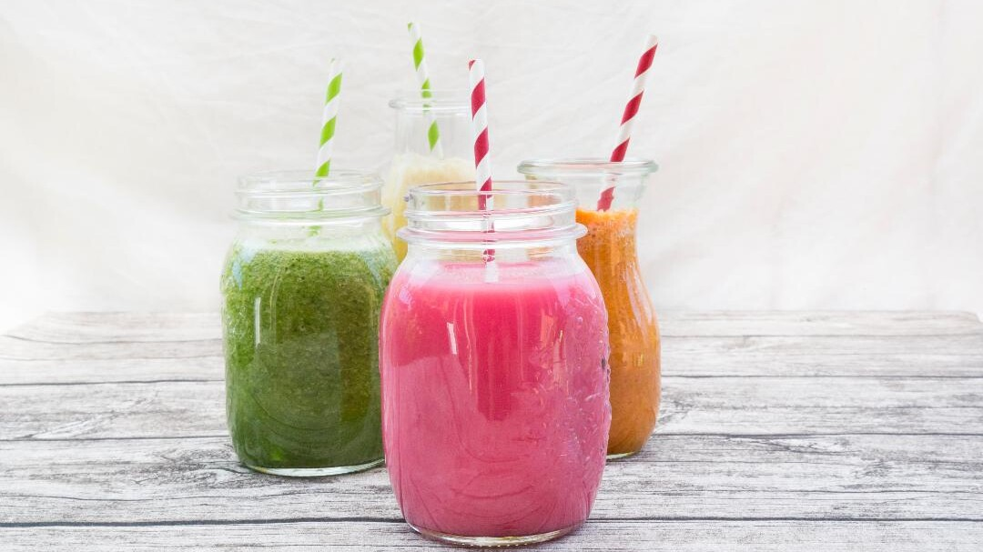 The Healthiest Smoothie Orders At Jamba Juice Robeks And Planet Smoothie Health Com