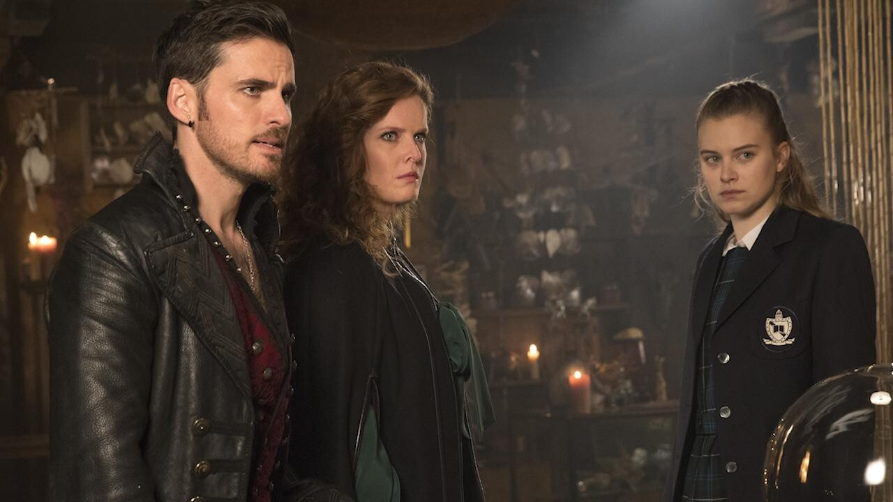 Once Upon A Time Bosses On That Heartbreaking Sacrifice Ew Com