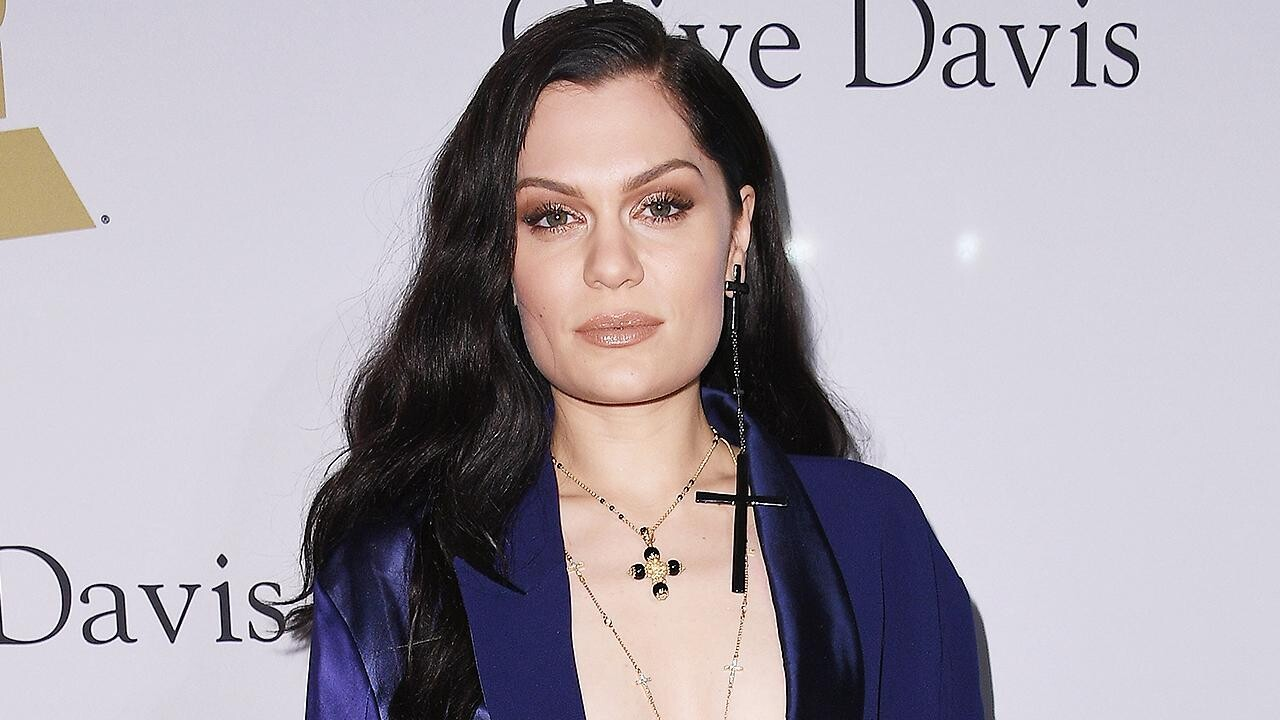 grammys 2017 jessie j is rooting for ariana grande people com jessie j on why she s especially excited for ariana grande s grammy nominations