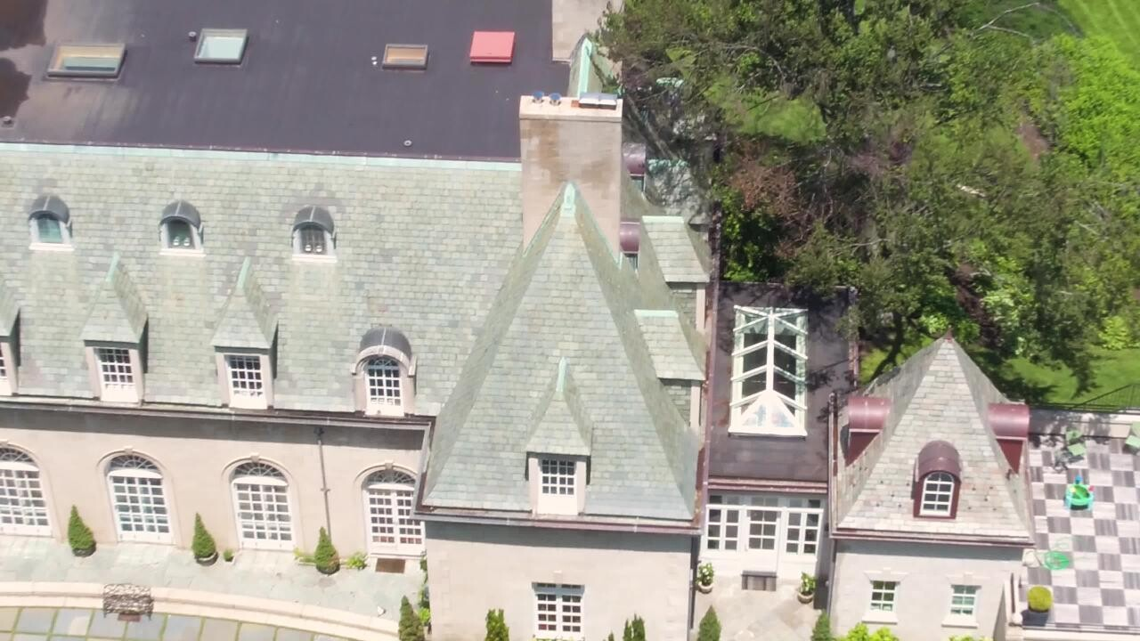 The Real Great Gatsby House Long Island Home For Sale People Com