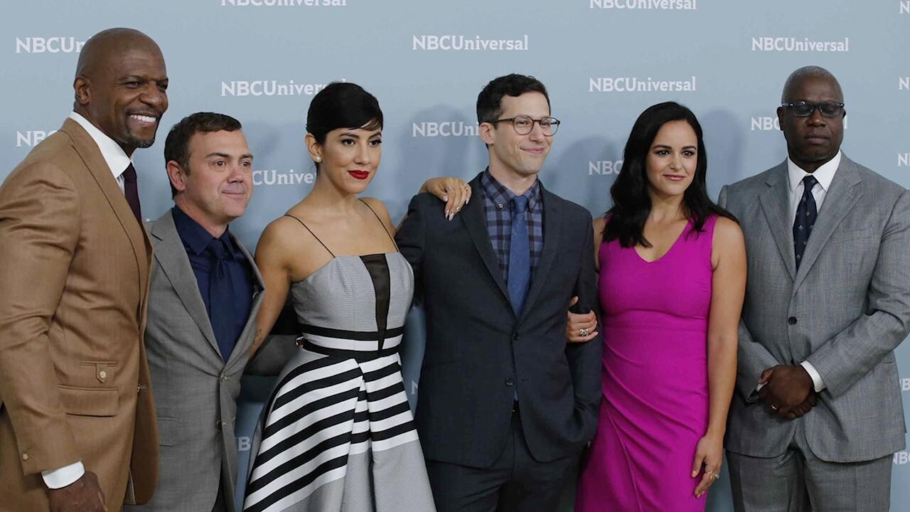 Brooklyn Nine-Nine delayed, to end after season 8 | EW.com