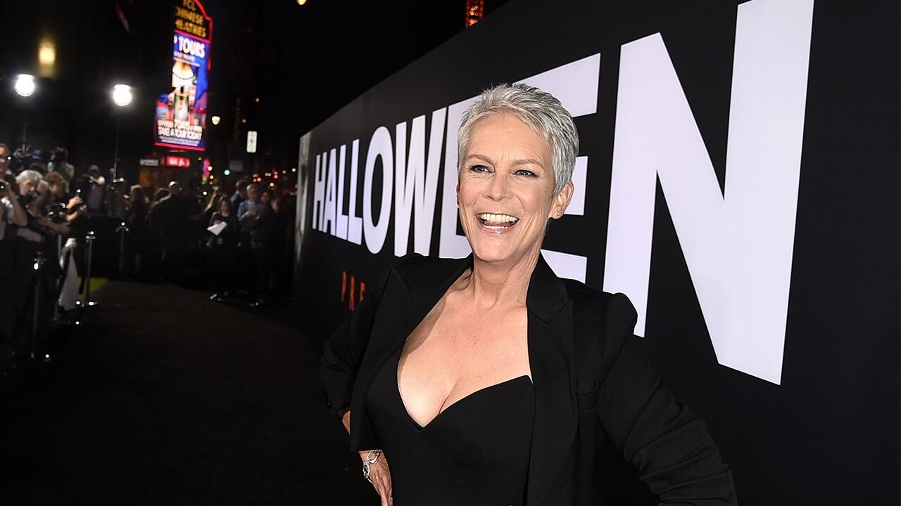 Halloween Sequal 2020 See Jamie Lee Curtis photo from first day of filming Halloween