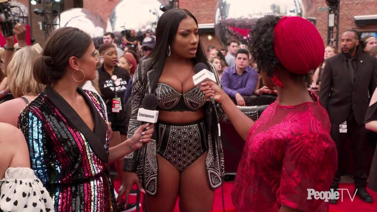 Megan Thee Stallion Slams Claims She Has Beef With Cardi B People Com