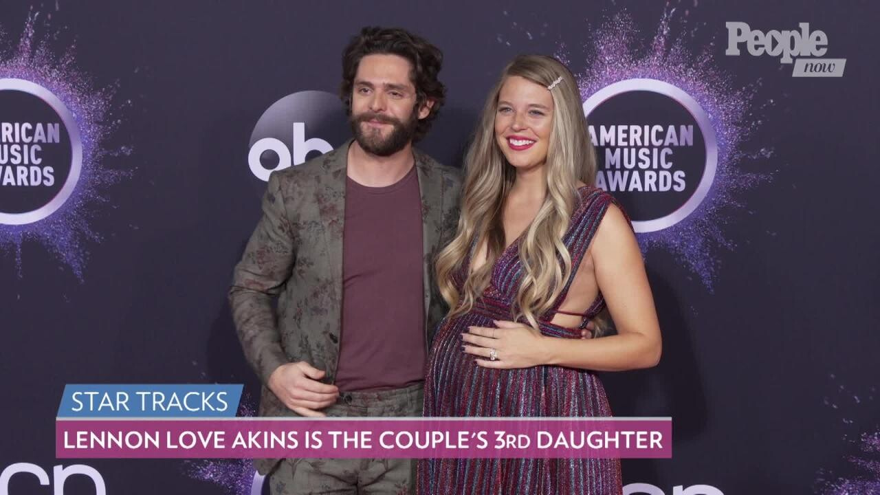 Thomas Rhett, Daughters Sing Frozen Song in Disney Singalong Special |  PEOPLE.com