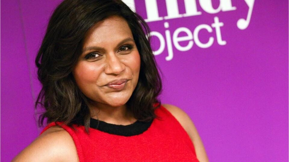 Mindy Kaling Just Confirmed That She S Pregnant Hellogiggles