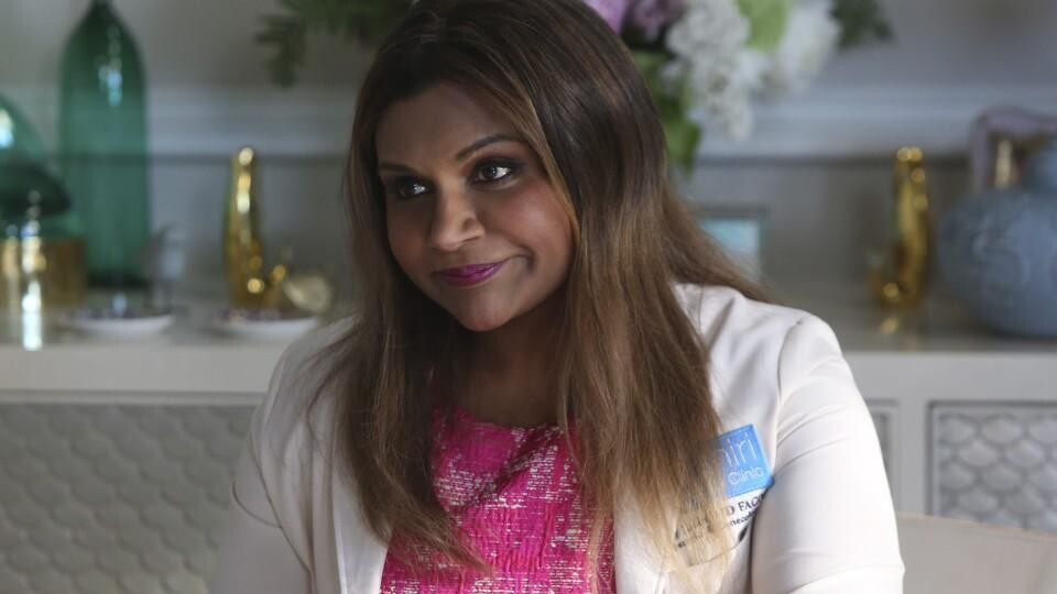 Mindy Kaling Ike Barinholtz Shared The Mindy Project Photos Celebrating The Series Finale Hellogiggles