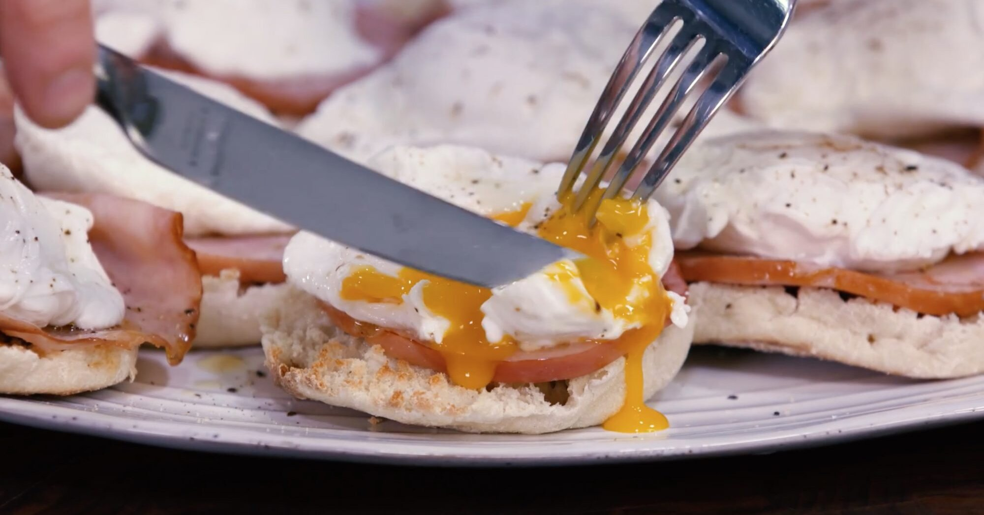 How to Make Poached Eggs in Advance