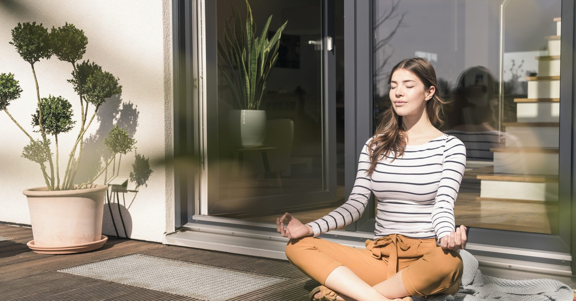 How to Meditate: What Is Meditation, Plus Tips and Technique for Beginners