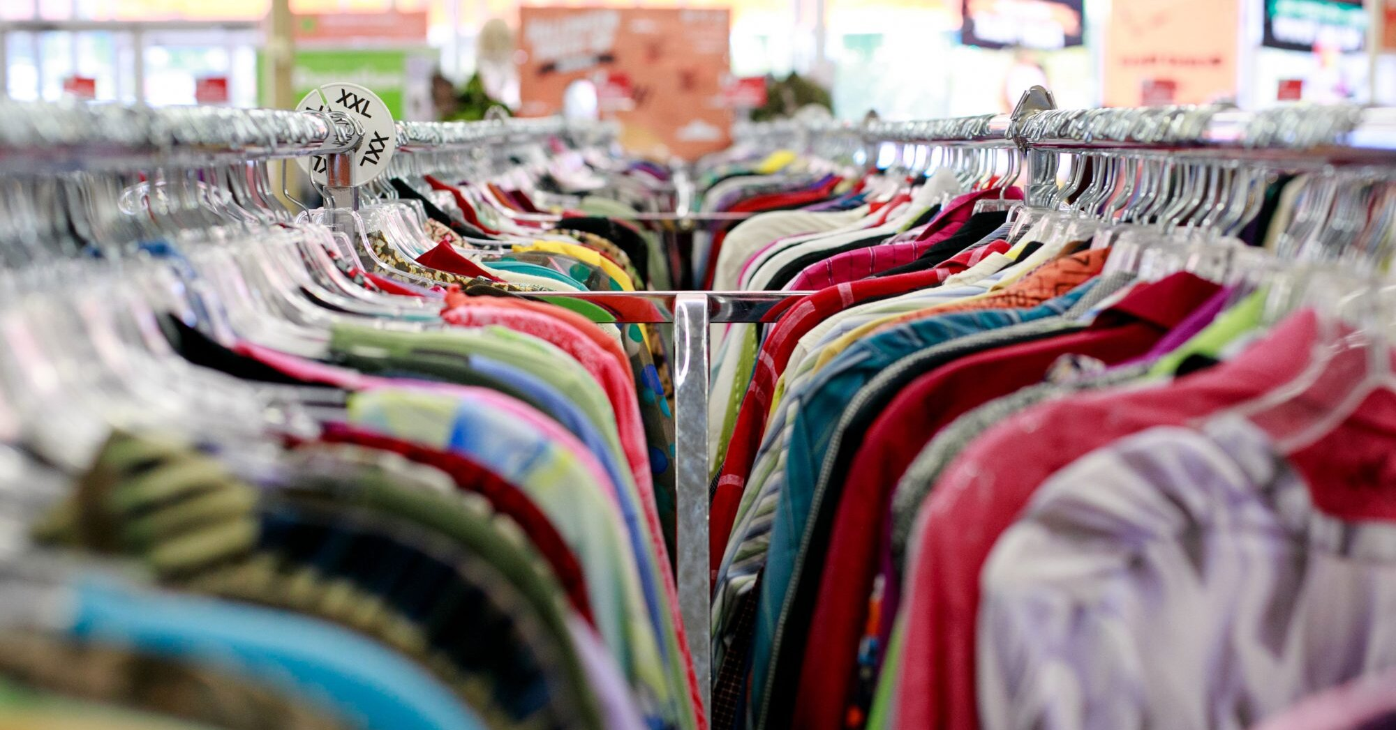 10 Shopping Tips For Scoring The Best Finds At A Thrift Store
