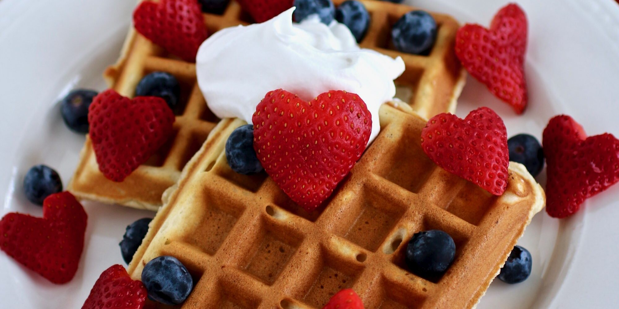 easy tips to make the best homemade waffles