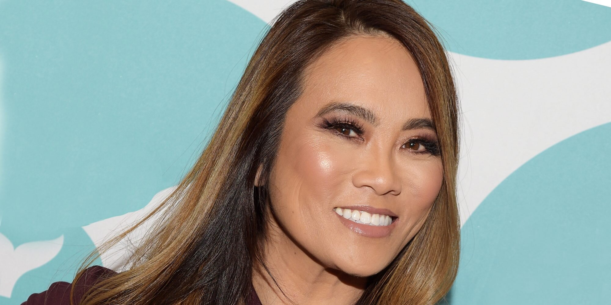 We Asked Dr. Pimple Popper How to Pop a Pimple Safely (If You Absolutely Must)