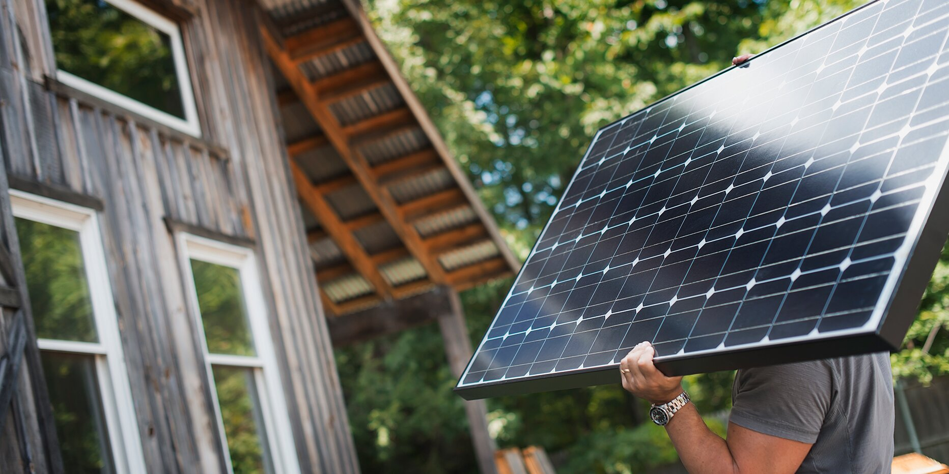 Should You Lease or Buy Solar Panels? Here's How to Save Money (and the Planet)
