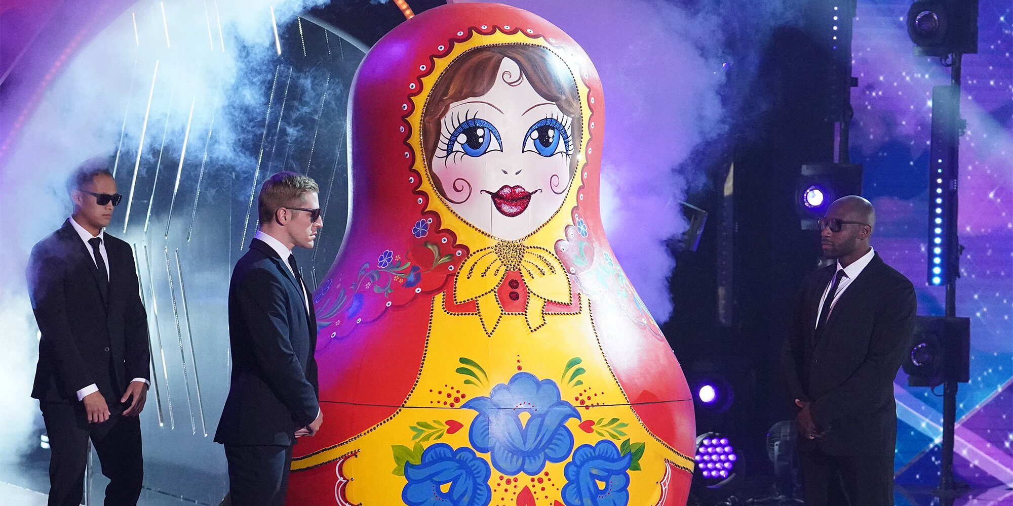 'The Masked Singer' recap: Russian Dolls twist open to reveal famous family