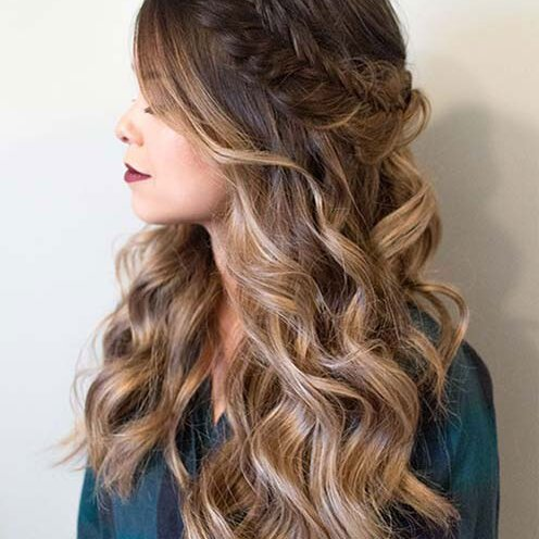 Stupendous 25 Easy And Cute Hairstyles For Curly Hair Southern Living Natural Hairstyles Runnerswayorg
