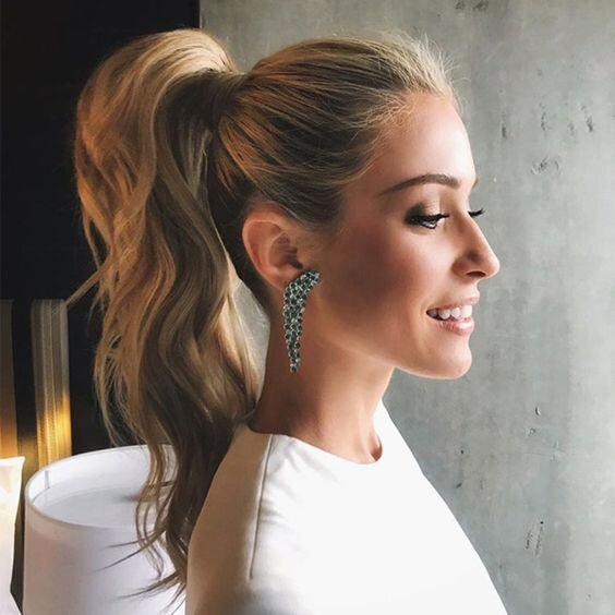 Surprising 34 Pretty Ponytail Hairstyles That Prove Theyre Coming Back Big Schematic Wiring Diagrams Amerangerunnerswayorg
