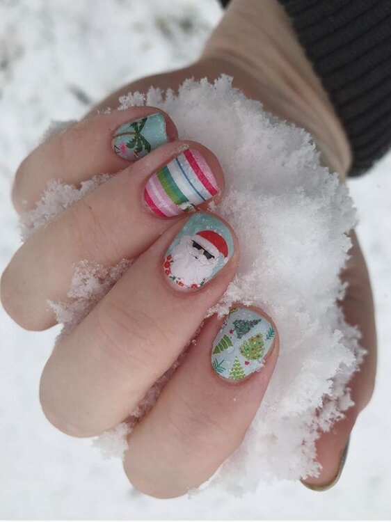 30 christmas nail art designs that ll have you feeling extra festive southern living 30 christmas nail art designs that ll