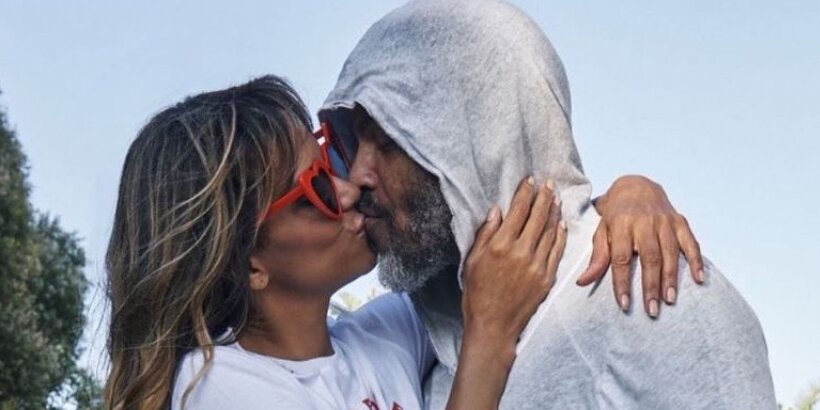 Halle Berry Says 'Never Give Up on Love' as She Shares Sweet Kiss with Boyfriend Van Hunt