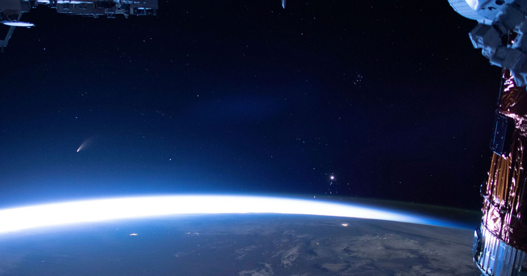 Watch Neowise Comet Zip Past Earth in 'Beautiful' Video from the International Space Station