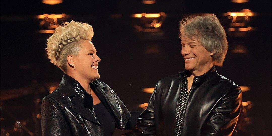 Pink accepts Icon Award at Billboard Music Awards, tells Jon Bon Jovi 'you broke my heart'.jpg