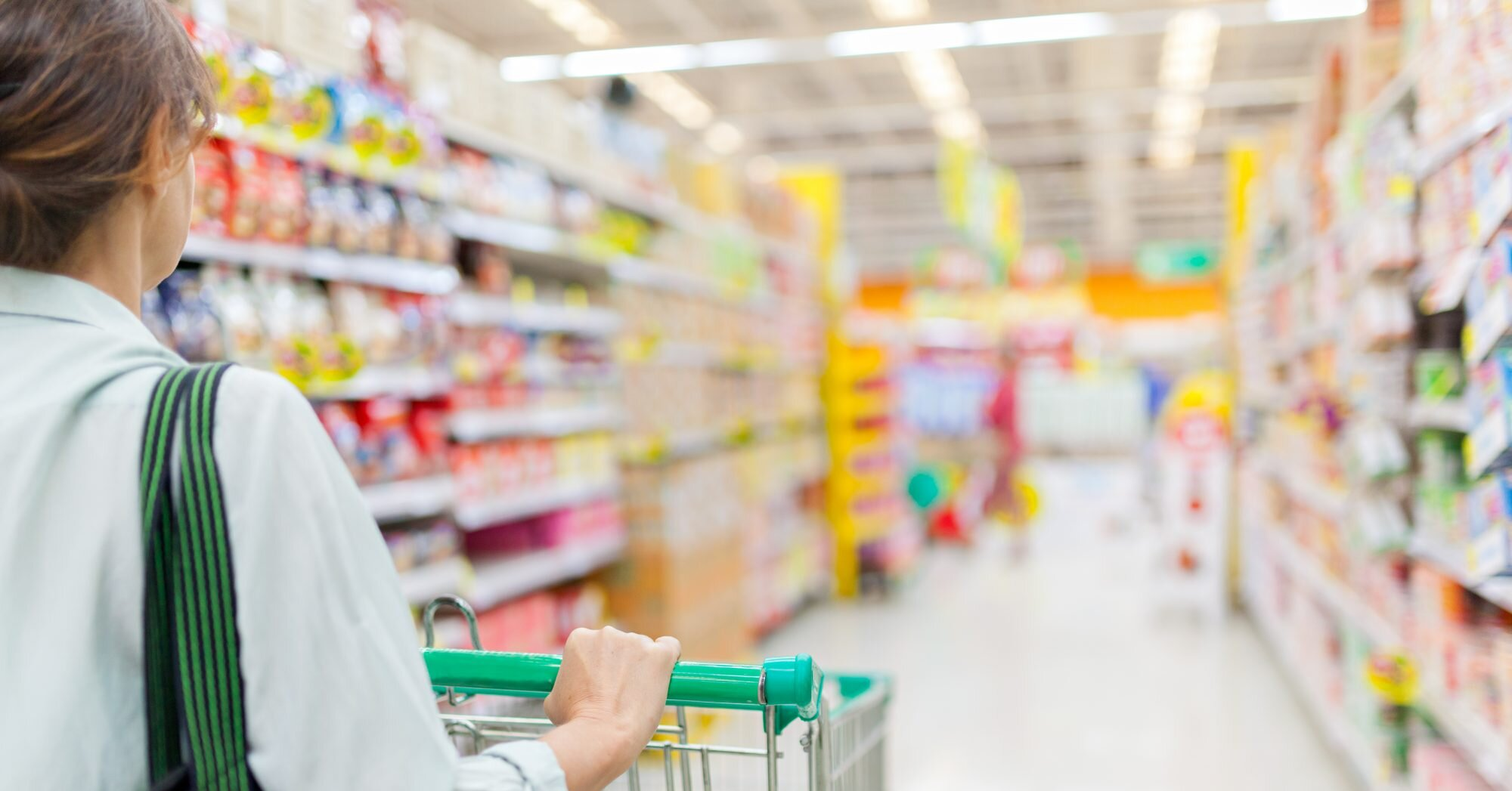 Why You Shouldnit Avoid The Middle Aisles Of The Grocery Store Southern Living