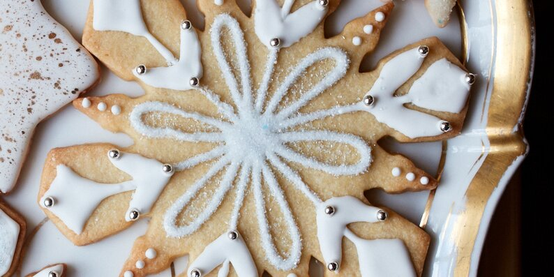 Six Ways to Decorate Holiday Sugar Cookies Just Like Martha Does