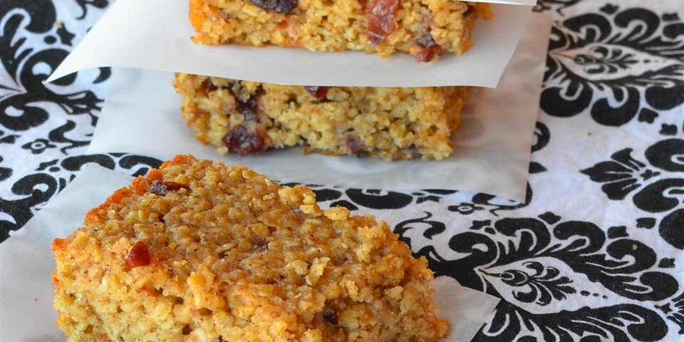 20 Baked Oatmeal Recipes to Feed a Hungry Crowd