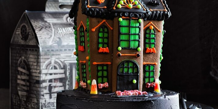 14 halloween cookie houses and baking kits for 2020
