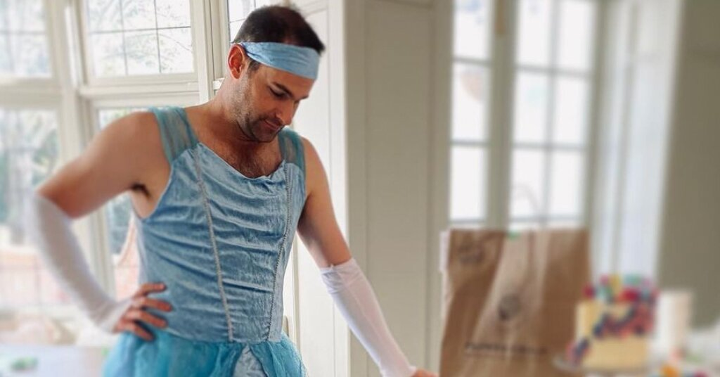 Andy Roddick Dresses Up as Cinderella for Daughter Stevie's 3rd Birthday