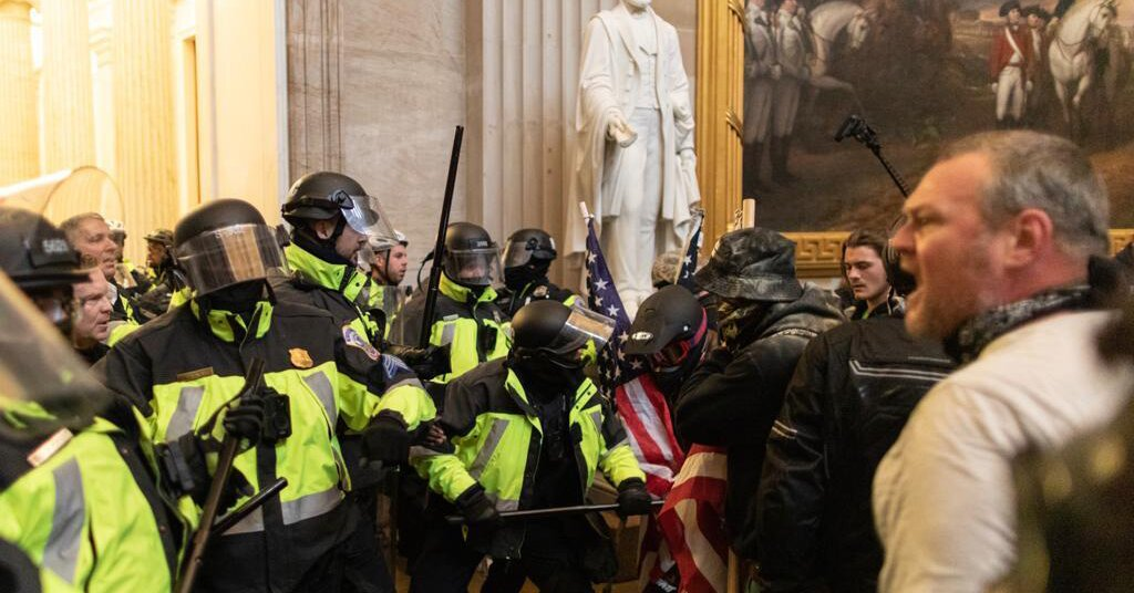 Capitol Police Memo Issued Days Before Deadly Riot Warned 'Congress Itself' Could Be Targeted