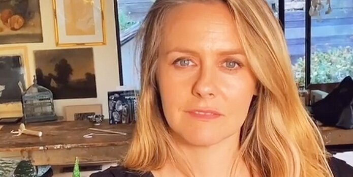 Alicia Silverstone Teaches Fans How to Correctly Pronounce Her Name in TikTok Video: 'Just an FYI'.jpg