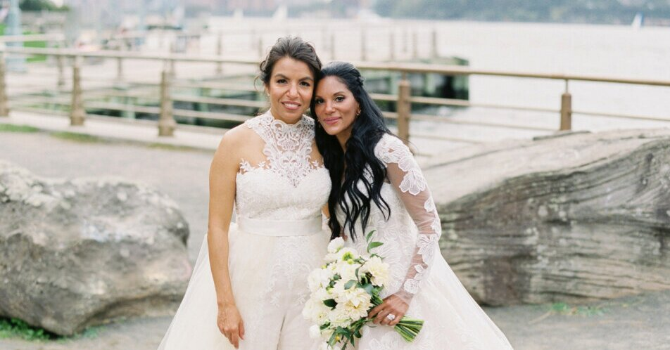 These New York City Brides Married on a Pier Overlooking the Hudson River -  Flipboard