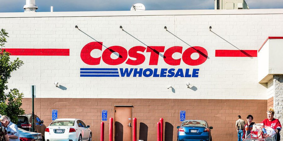 The 5 Best Costco Wines Under $15, According to Experts