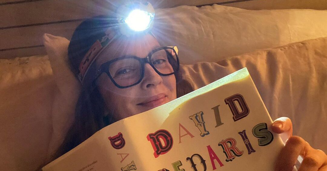 Celebs in Bed! Drew Barrymore Shows Off Her...
