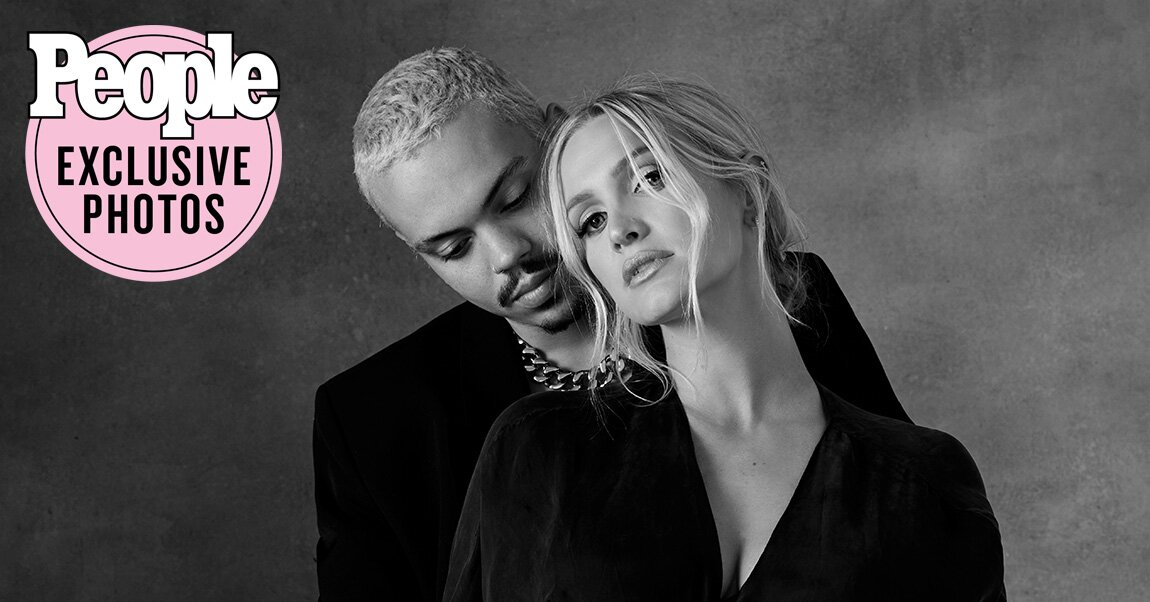 Pregnant Ashlee Simpson and Evan Ross Share Stunning Maternity Photo as They Await Son's Arrival