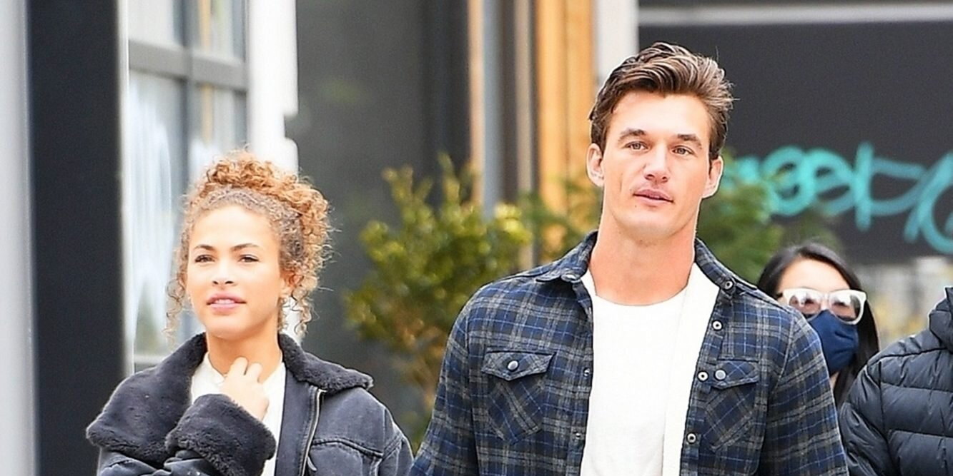 Bachelorette Alum Tyler Cameron Spotted Holding Hands with Model Camila Kendra.jpg