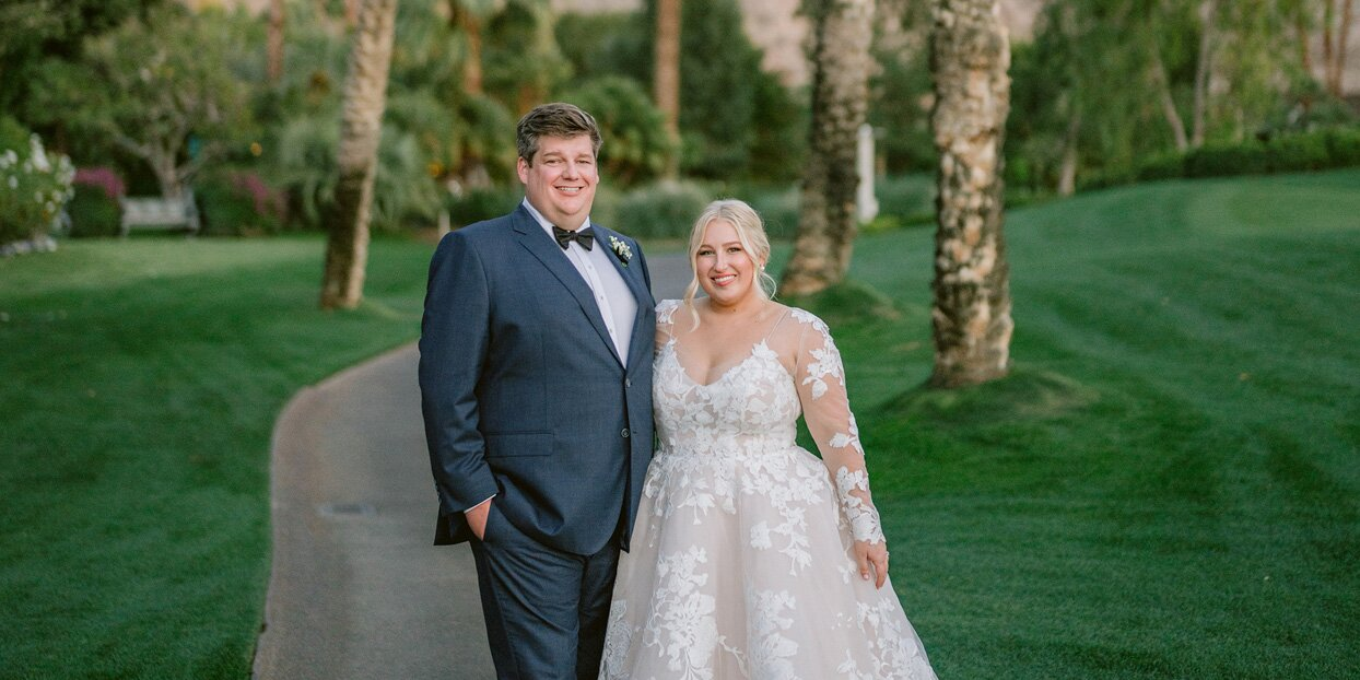 A Citrus- and Porcelain-Inspired Spring Wedding in California with an Epic Mountain Backdrop