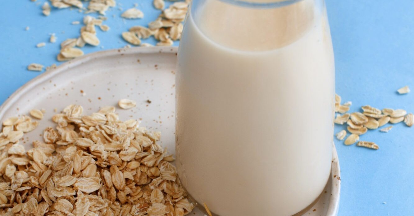 Should You Be Drinking Oat Milk?