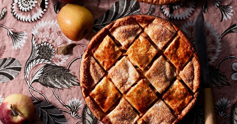 15 of Our Favorite Creative Pie Crust Designs and How to Achieve Them