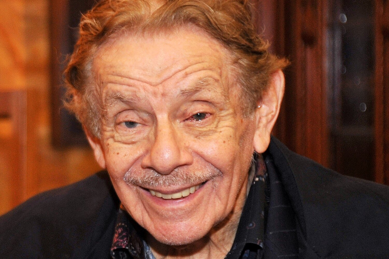 Jerry Stiller Dead Comedian Seinfeld Actor Dies At 92 Ew Com Easily move forward or backward to get to the perfect spot. https ew com tv jerry stiller comedian seinfeld actor dies