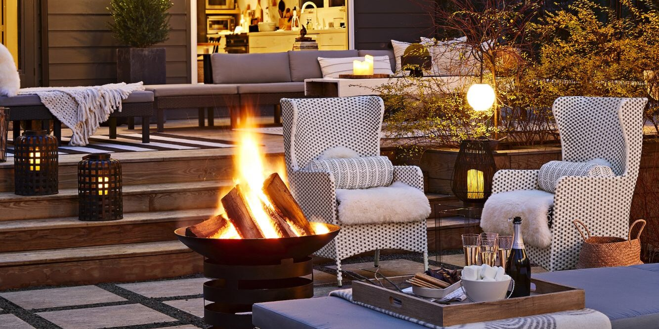 Space of the Week: How One Couple Turned Their Patio Into a Cozy Spot for Year-Round Entertaining