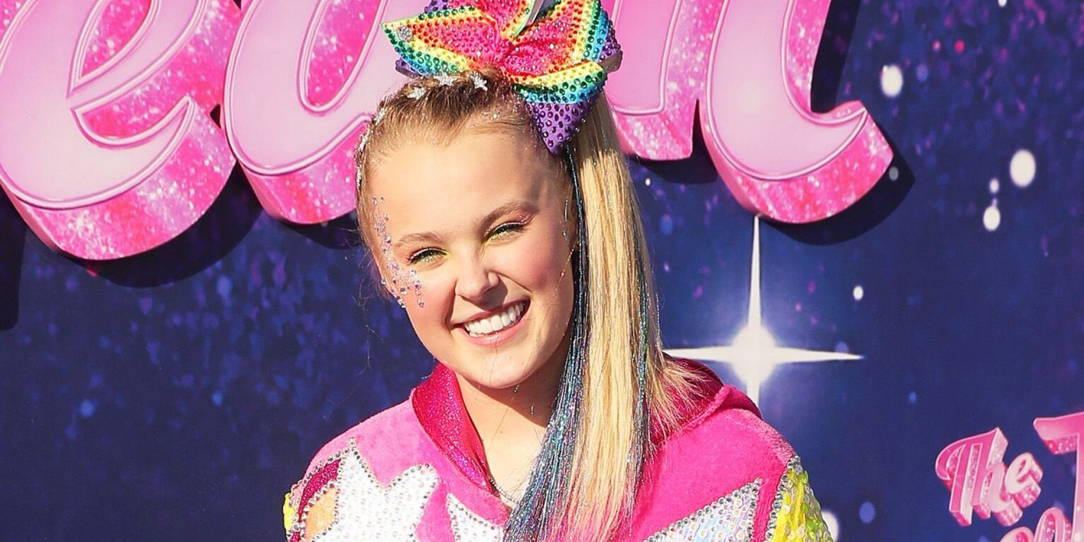 JoJo Siwa on Making DWTS History with Same-Sex Partner: 'There's Nothing That I Would Rather Do'.jpg