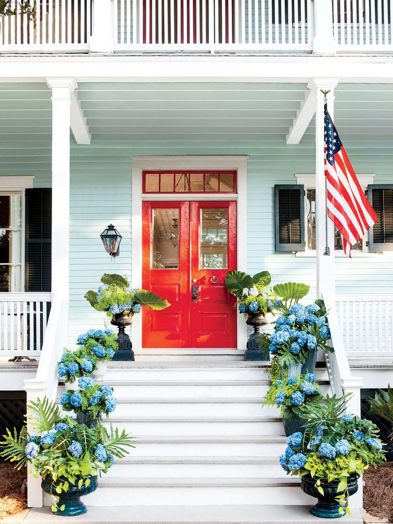 How To Pick The Right Exterior Paint Colors Southern Living,Painted Wood Kitchen Cabinet Colors